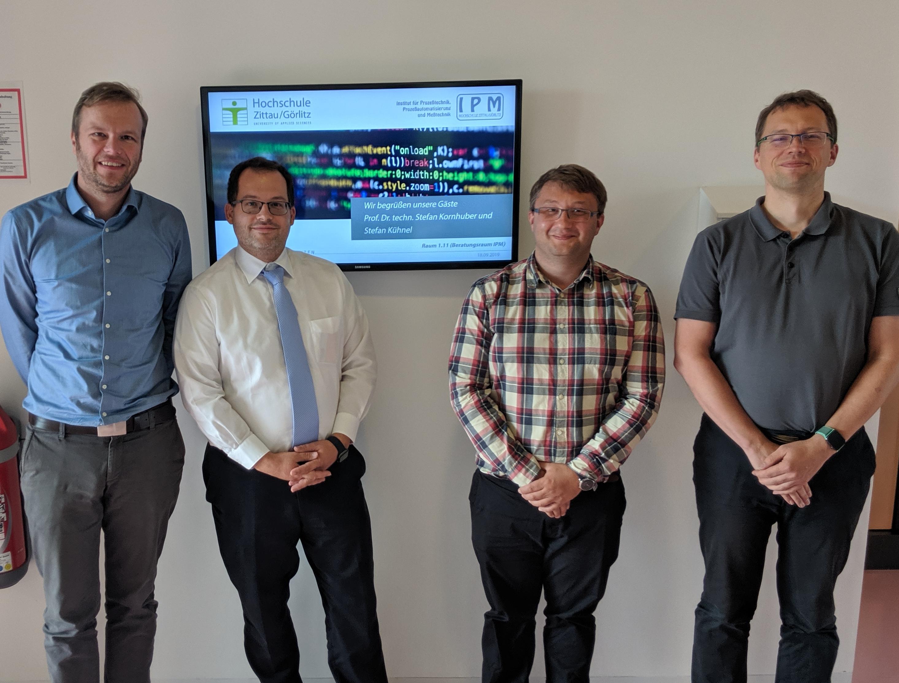 links nach rechts: Daniel Fiß, Prof. Alexander Kratzsch, Stefan Kühnel, Prof. Stefan Kornhuber